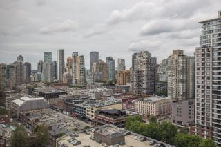 """Photo 15: 2205 930 CAMBIE Street in Vancouver: Yaletown Condo for sale in """"Pacific Place Landmark II"""" (Vancouver West)  : MLS®# R2394764"""
