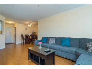 Photo 11: 303 7435 121A Street in Surrey: West Newton Condo for sale : MLS®# R2329200