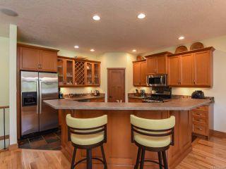 Photo 11: 2441 Tutor Dr in COMOX: CV Comox (Town of) House for sale (Comox Valley)  : MLS®# 845329