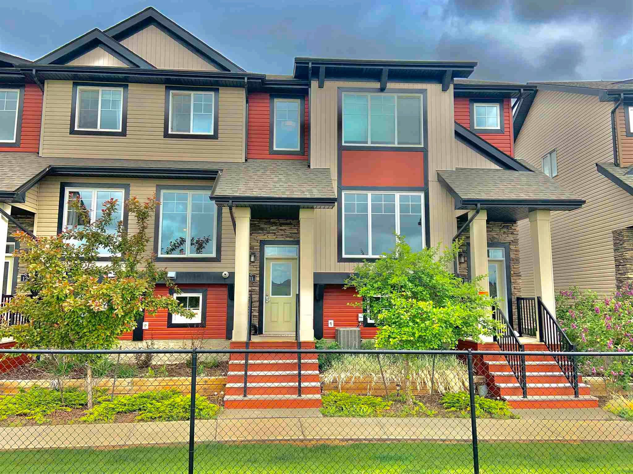 Main Photo: #11, 1776 CUNNINGHAM Way in Edmonton: Zone 55 Townhouse for sale : MLS®# E4248766