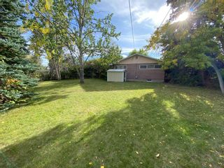 Photo 3: 131 Waskatenau Crescent SW in Calgary: Westgate Detached for sale : MLS®# A1147781