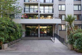 """Photo 4: 2001 1330 HARWOOD Street in Vancouver: West End VW Condo for sale in """"Westsea Towers"""" (Vancouver West)  : MLS®# R2481214"""