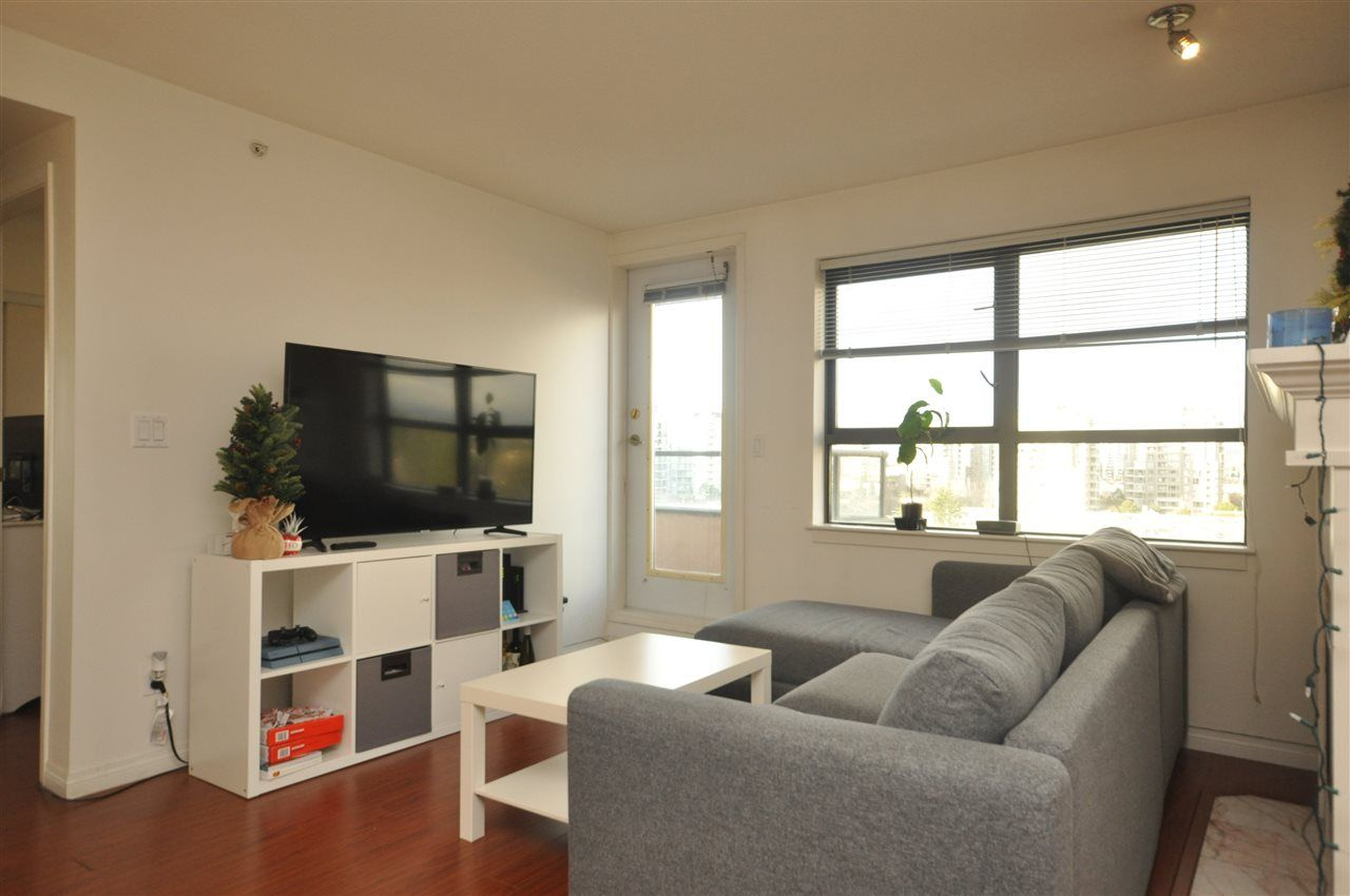 """Main Photo: 1003 6611 COONEY Road in Richmond: Brighouse Condo for sale in """"MANHATTAN TOWER"""" : MLS®# R2536822"""