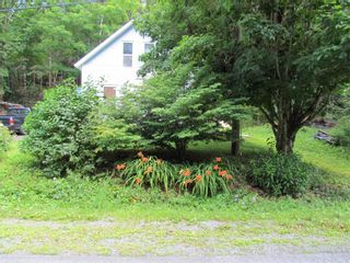 Photo 4: 111 Woodside Road in Dean: 35-Halifax County East Residential for sale (Halifax-Dartmouth)  : MLS®# 202119535