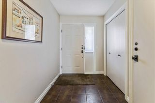 Photo 3: 235 EDGEDALE Garden NW in Calgary: Edgemont Row/Townhouse for sale : MLS®# C4205511