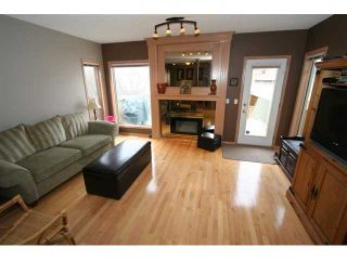 Photo 14: 250 25 Avenue NE in CALGARY: Tuxedo Residential Detached Single Family for sale (Calgary)  : MLS®# C3421200