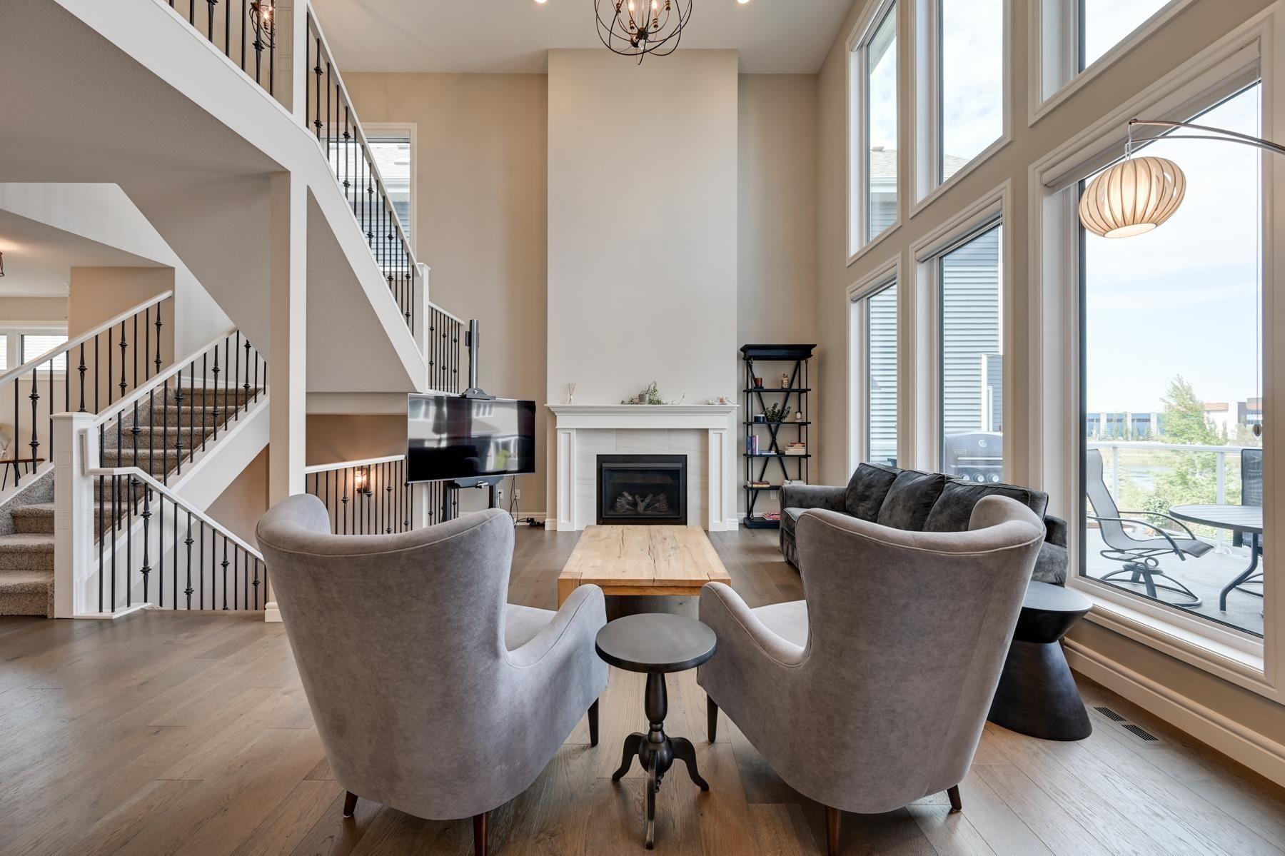 Main Photo: 9034 24 Avenue in Edmonton: Zone 53 House for sale : MLS®# E4262684