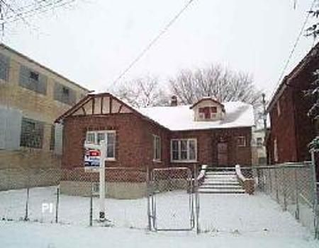 Main Photo: 401 flora: Residential for sale (North End)  : MLS®# 2619967
