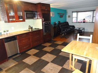 "Photo 3: 15 4200 DEWDNEY TRUNK Road in Coquitlam: Ranch Park Manufactured Home for sale in ""HIDEWAY PARK"" : MLS®# R2124110"