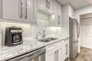 """Photo 9: 104 1473 BLACKWOOD Street: White Rock Condo for sale in """"The Lamplighter"""" (South Surrey White Rock)  : MLS®# R2536988"""