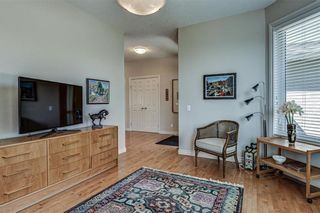 Photo 4: 7 ELYSIAN Crescent SW in Calgary: Springbank Hill Semi Detached for sale : MLS®# A1104538