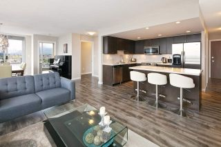 """Photo 7: 1901 4400 BUCHANAN Street in Burnaby: Brentwood Park Condo for sale in """"MOTIF by BOSA"""" (Burnaby North)  : MLS®# R2056492"""