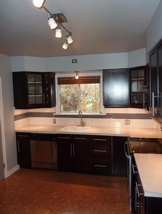 Photo 5: 1905 Mountview Crescent NE in Calgary: Winston Heights/Mountview Detached for sale : MLS®# A1146058