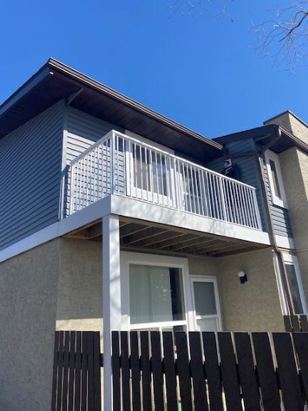 Main Photo: 17 7604 29 Avenue in Edmonton: Zone 29 Townhouse for sale : MLS®# E4237034