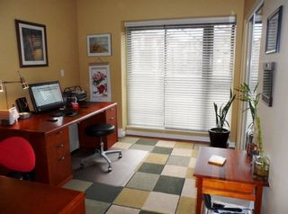 """Photo 16: # 6 - 11 E. Royal Avenue in New Westminster: Fraserview NW Townhouse for sale in """"VICTORIA HILL"""" : MLS®# R2033791"""
