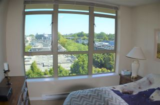 "Photo 15: 813 2799 YEW Street in Vancouver: Kitsilano Condo for sale in ""TAPESTRY"" (Vancouver West)  : MLS®# R2488808"