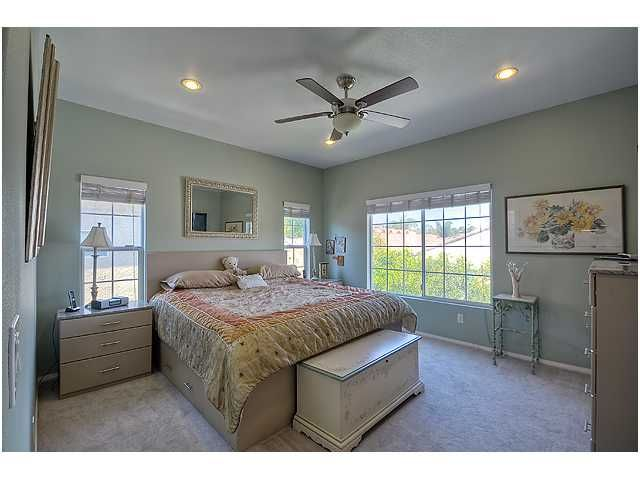 Photo 19: Photos: SCRIPPS RANCH Townhouse for sale : 3 bedrooms : 11821 Miro Circle in San Diego