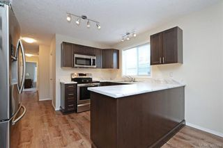 Photo 4: 24 Eagle Lane in VICTORIA: VR Glentana Manufactured Home for sale (View Royal)  : MLS®# 775804
