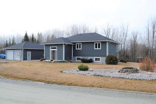 Photo 2: 1 Currie Drive in Bissett: R28 Residential for sale : MLS®# 202108347