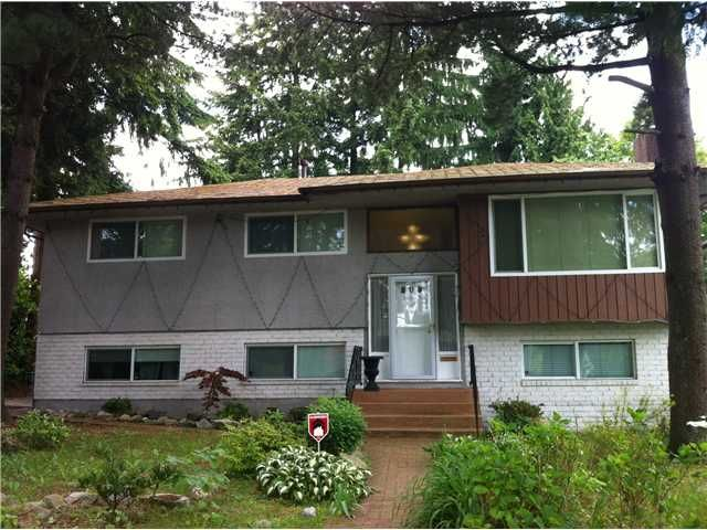 Main Photo: 808 Robinson St. in Coquitlam: House for sale : MLS®# V1069267