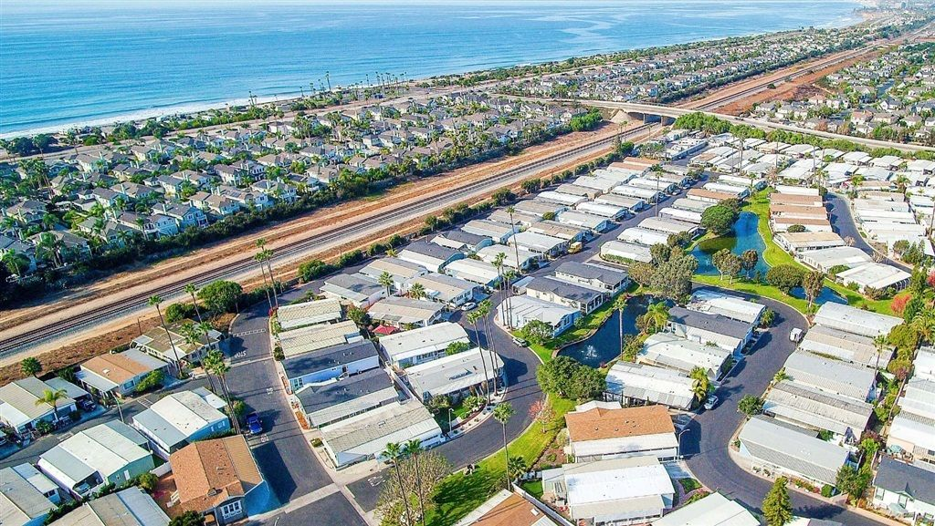 Main Photo: CARLSBAD WEST Manufactured Home for sale : 2 bedrooms : 7231 Santa Barbara #305 in Carlsbad