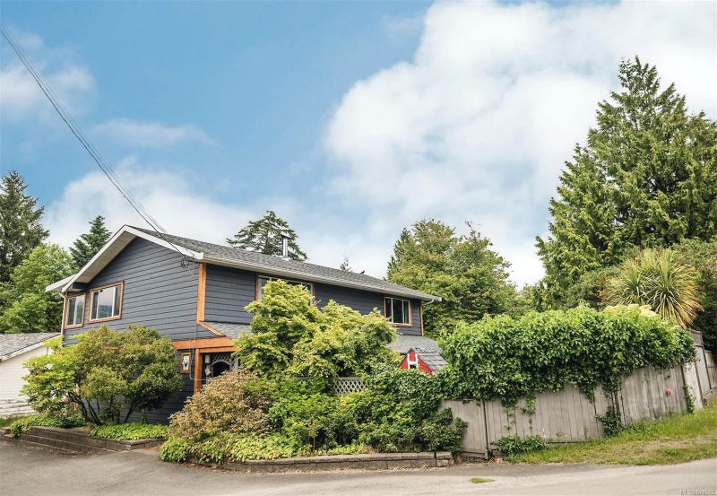 FEATURED LISTING: 1535 Peninsula Rd