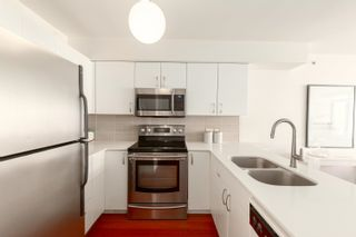 Photo 9: PH3202 610 GRANVILLE STREET in Vancouver: Downtown VW Condo for sale (Vancouver West)  : MLS®# R2604994