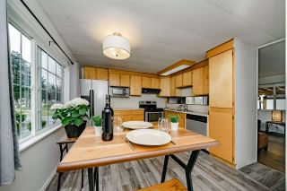 """Photo 11: 117 145 KING EDWARD Street in Coquitlam: Maillardville Manufactured Home for sale in """"MILL CREEK VILLAGE"""" : MLS®# R2408548"""