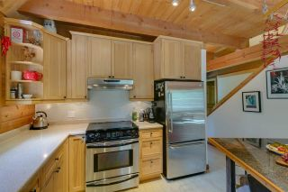 Photo 11: 1120 DOGHAVEN LANE in Squamish: Upper Squamish House for sale : MLS®# R2077411