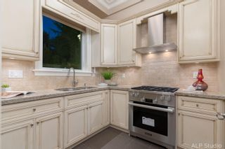 """Photo 10: 735 EYREMOUNT Drive in West Vancouver: British Properties House for sale in """"BRITISH PROPERTY"""" : MLS®# R2619375"""