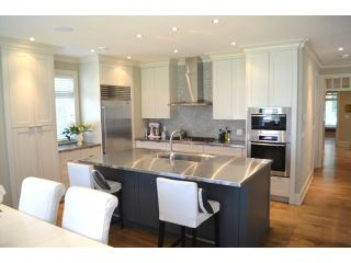 Photo 3: 2623 MCBRIDE AV in Surrey: Crescent Bch Ocean Pk. House for sale (South Surrey White Rock)  : MLS®# F1444187