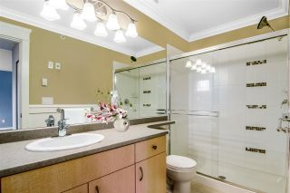 """Photo 17: 75 20350 68 Avenue in Langley: Willoughby Heights Townhouse for sale in """"Sunridge"""" : MLS®# R2494896"""