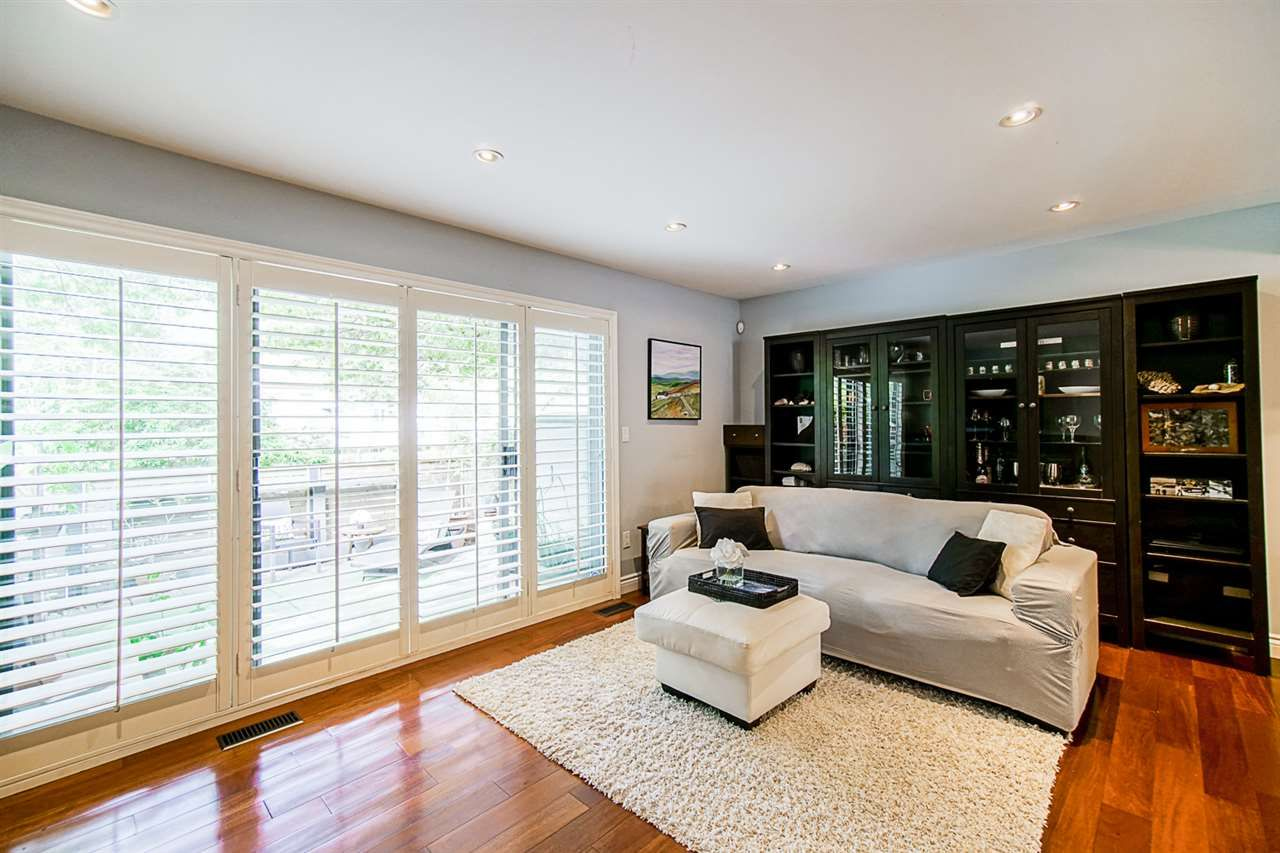 """Photo 9: Photos: 1 1960 RUFUS Drive in North Vancouver: Westlynn Townhouse for sale in """"Mountain Estates"""" : MLS®# R2487288"""