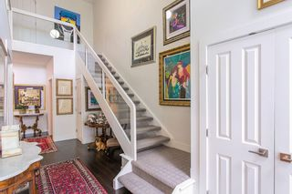 Photo 3: 618 W 17TH Avenue in Vancouver: Cambie House for sale (Vancouver West)  : MLS®# R2082339