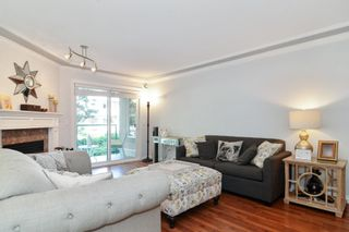 """Photo 4: 208 20453 53 Avenue in Langley: Langley City Condo for sale in """"Countryside Estates"""" : MLS®# R2600890"""
