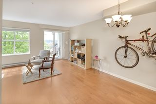 """Photo 3: 20 123 SEVENTH Street in New Westminster: Uptown NW Townhouse for sale in """"ROYAL CITY TERRACE"""" : MLS®# R2170926"""