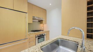 Photo 5: 305 1468 W 14TH Avenue in Vancouver: Fairview VW Condo for sale (Vancouver West)  : MLS®# R2595607
