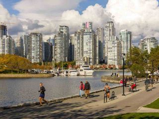 """Photo 25: 205 1318 W 6TH Avenue in Vancouver: Fairview VW Condo for sale in """"BIRCH GARDEN"""" (Vancouver West)  : MLS®# R2508933"""