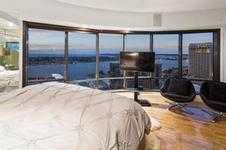 Photo 20: DOWNTOWN Condo for sale : 3 bedrooms : 200 Harbor Dr #3602 in San Diego