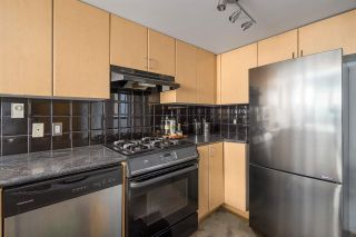 "Photo 7: 1 489 W 6TH Avenue in Vancouver: False Creek Condo for sale in ""Miro"" (Vancouver West)  : MLS®# R2380931"