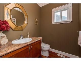 Photo 5: 16277 58A Avenue in Surrey: Cloverdale BC House for sale (Cloverdale)  : MLS®# R2438422