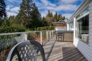 Photo 8: 6525 JASPER Road in Sechelt: Sechelt District House for sale (Sunshine Coast)  : MLS®# R2560207