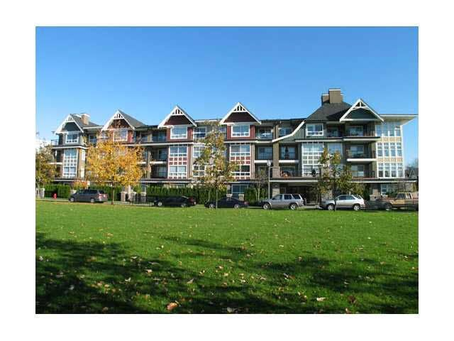 Main Photo: 103 7088 MONT ROYAL SQUARE in : Champlain Heights Condo for sale : MLS®# V1094527