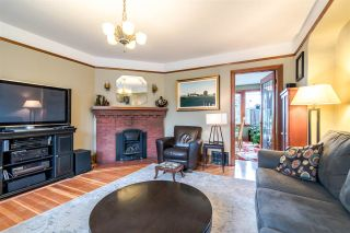 Photo 4: 1422 HAMILTON Street in New Westminster: West End NW House for sale : MLS®# R2347834