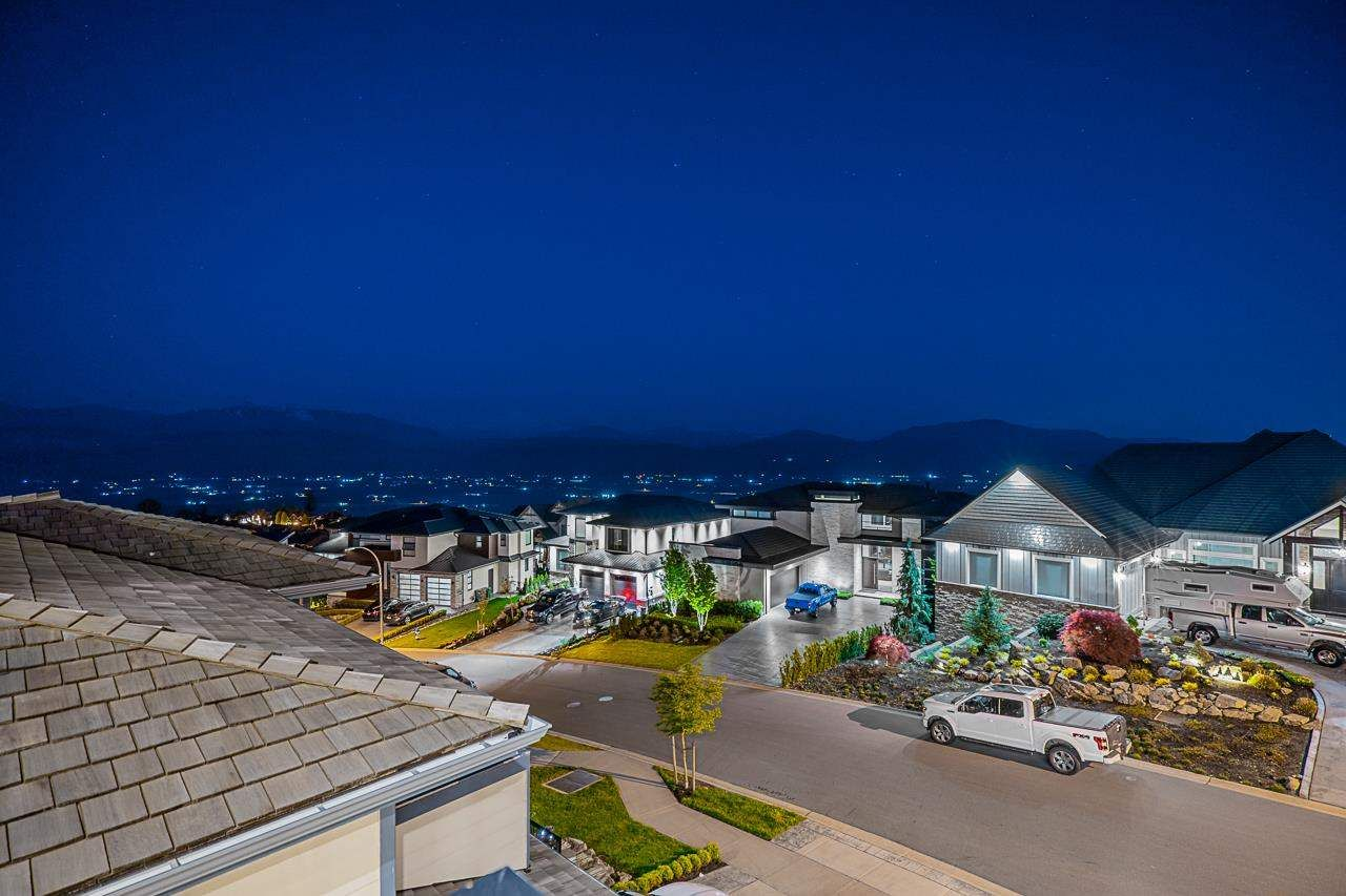 """Photo 35: Photos: 35489 EAGLE SUMMIT Drive in Abbotsford: Abbotsford East House for sale in """"Eagle Mountian"""" : MLS®# R2578749"""