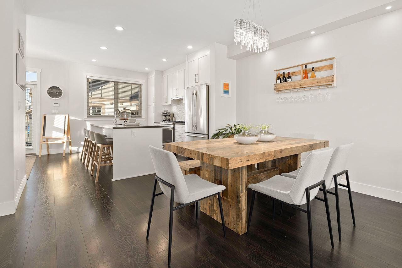 "Photo 11: Photos: 2452 165 Street in Surrey: Grandview Surrey Condo for sale in ""Hycroft"" (South Surrey White Rock)  : MLS®# R2545917"