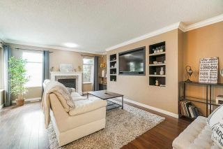 """Photo 5: 106 9045 WALNUT GROVE Drive in Langley: Walnut Grove Townhouse for sale in """"BRIDLEWOODS"""" : MLS®# R2573586"""