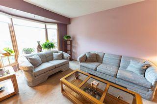 Photo 5: 34 Foxmeadow Drive in Winnipeg: Linden Woods Residential for sale (1M)  : MLS®# 202112315