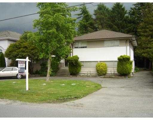 """Main Photo: 8640 MINLER Road in Richmond: Woodwards House for sale in """"WOODWARDS"""" : MLS®# V655494"""