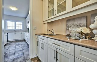 Photo 8: 11 Whitehand Drive in Clarington: Newcastle House (2-Storey) for sale : MLS®# E5169146
